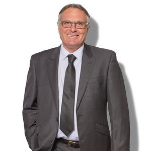 Broker image alan billington web professional