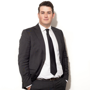 Broker image sam collins web professional