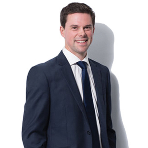 Broker image alastair watson2 web professional