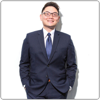 Broker image rounded daniel kuo professional web photo